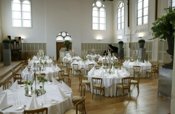 http://visarchitecten.nl/blog/herbestemming-kerkgebouwen/